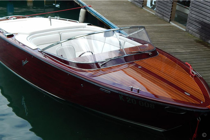 Boesch 750 Portofino De Luxe for sale in Austria for €190,000 (£174,330)