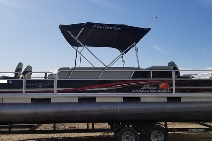 Sun Tracker 24 DLX FIshin Barge for sale in United States of America for $22,750 (£17,410)