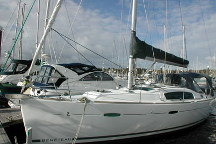 Beneteau Oceanis 40 for sale in Spain for £109,950