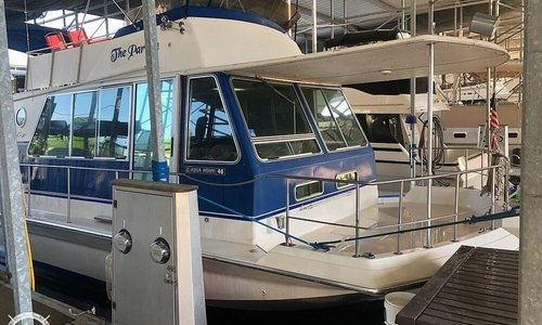 Image of Chris-Craft 46 Aqua Home for sale in United States of America for $54,000 (£41,400) Florence, Alabama, United States of America