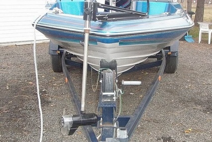 Bayliner Bass Trophy 1810 Fish & Ski for sale in United States of America for $17,750 (£14,379)