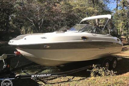 Stingray 215LR for sale in United States of America for $29,850 (£24,078)