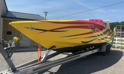 Image of Donzi Z33 for sale in United States of America for $20,000 (£15,283) Smithville, Tennessee, United States of America