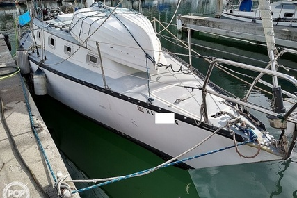 Hunter 33 Cherubini for sale in United States of America for $15,000 (£11,497)