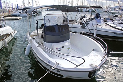 Beneteau Flyer 5.5 Spacedeck for sale in Spain for €34,632 (£31,343)