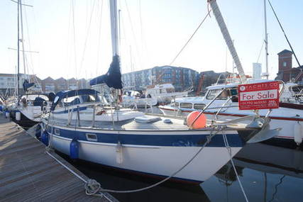 Hallberg-Rassy 352 for sale in United Kingdom for £44,200