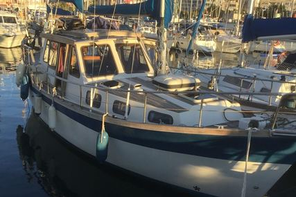 Nauticat 33 for sale in Spain for €57,000 (£52,071)