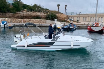 Beneteau Flyer 6.6 Spacedeck for sale in Spain for €37,000 (£33,328)