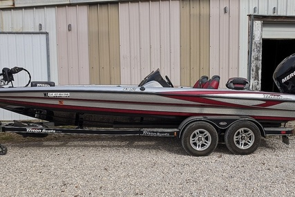Triton 21XS Dual Console for sale in United States of America for $34,950 (£26,868)