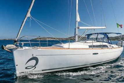 Beneteau Oceanis 37 for sale in Italy for €69,500 (£62,607)