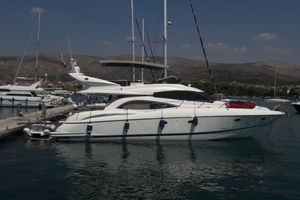 Sunseeker Manhattan 56 for sale in Italy for €250,000 (£215,320)