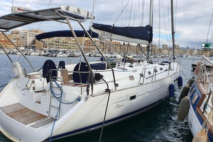 Beneteau Oceanis 523 for sale in France for €195,000 (£176,405)