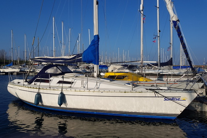 Jeanneau Sun Rise 34 for sale in Netherlands for €19,900 (£16,981)