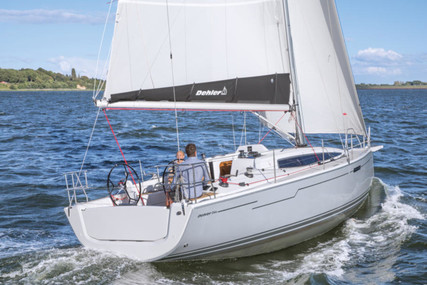 Dehler 34 for charter in Germany from €1,225 / week