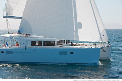 Lagoon 450F for charter in France from €4,200 / week