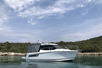 Jeanneau Merry Fisher 695 for charter in Croatia from €1,000 / week
