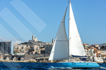 Beneteau Oceanis 411 for charter in France from €2,000 / week