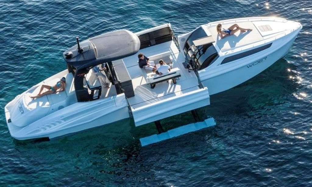 Wider 42 Performance and Economy Boat