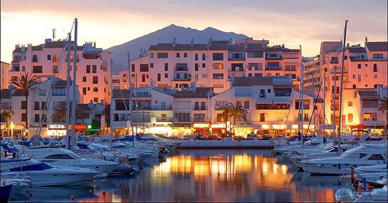 Puerto Banus Yachts and Boats in Marbella