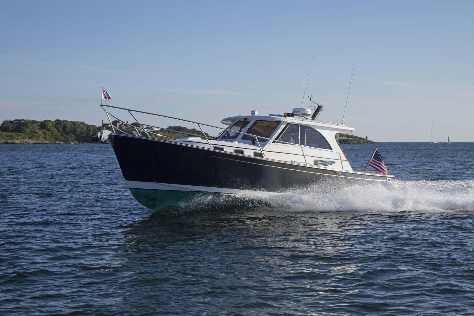 Legacy Yachts 36 Running