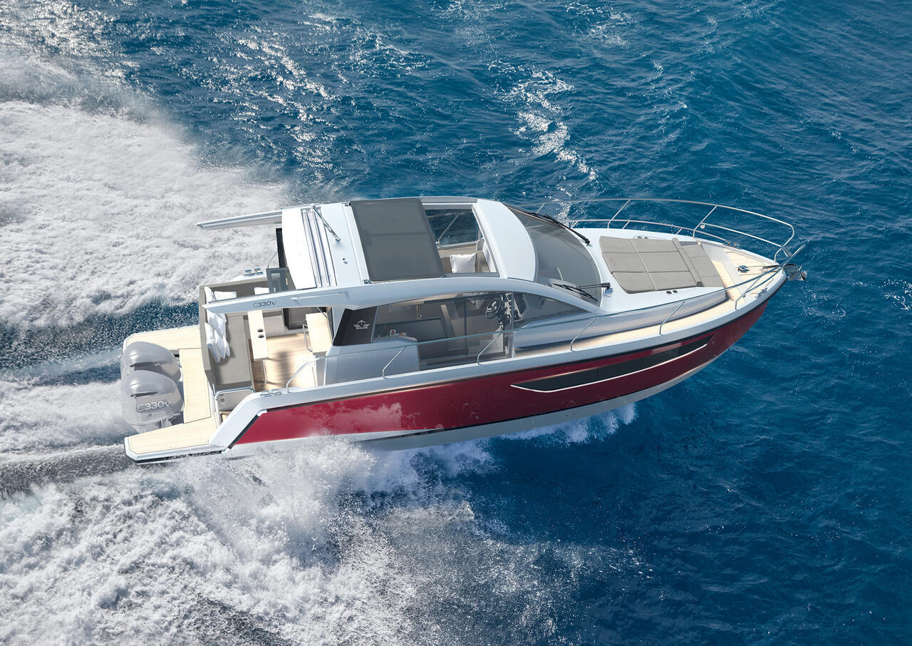 Sealine C330V Outboard-powered Yacht
